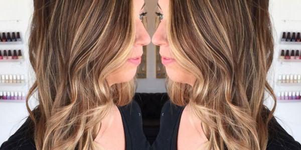 Девушка с калифорнийским окрашиванием волос