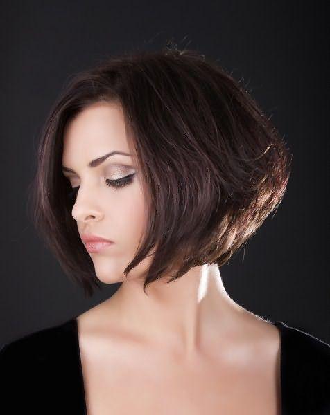 Великолепны и боковые проборы на коротких волосах.