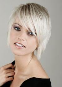 стрижка придающая объем тонким волосам 8