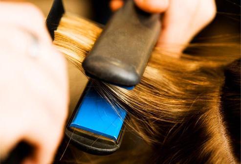 керамический утюжок для волос