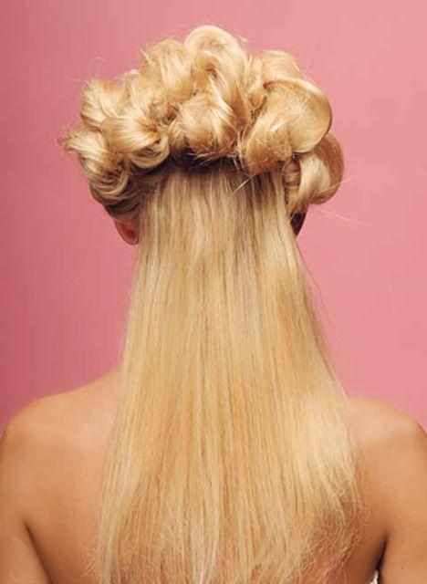 Оригинальные прически на средние волосы19