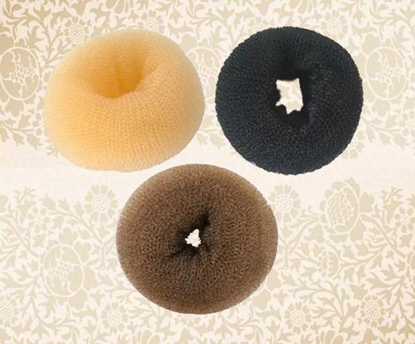 В специализированных магазинах мы купим мочалки любого цвета и разной формы.