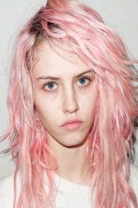 Розовые волосы 1