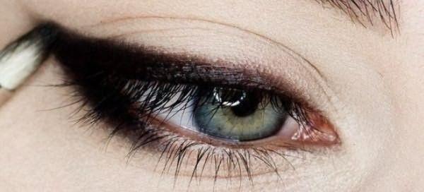 пошаговый макияж для голубых глаз 2