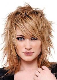 стрижки для объема на средние волосы 8
