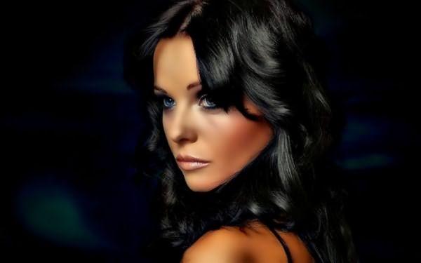 насыщенный темный оттенок волос