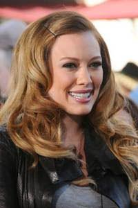великолепные женские прически для длинных волнистых волос