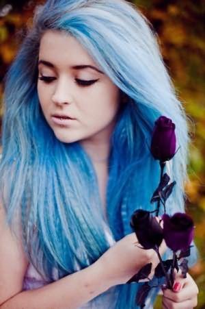 На фото - колорирование фиолетовыми и голубыми тонами.