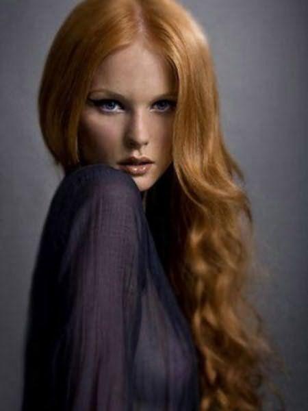 Бесцветный порошок не окрасит волосы, зато заметно их улучшит!