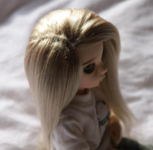 кукольный парик