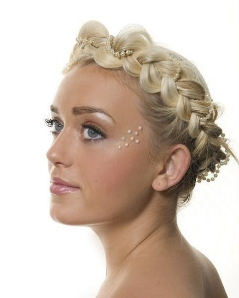 Коса–ободок в романтическом стиле