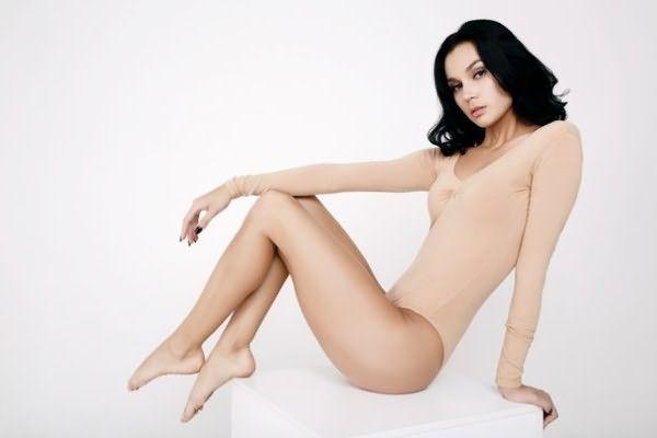 Девушки с бархатистой гладкой кожей чувствуют себя более привлекательными и сексуальными