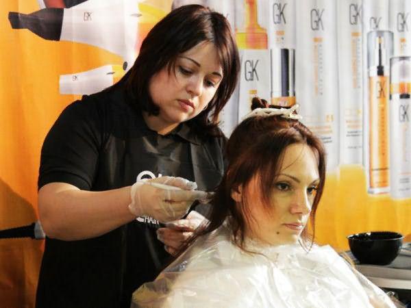 Окраска волос масляной краской с кератином GKhair.