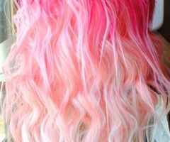 Колорирование светлых волос розовой краской – необычный и загадочный образ!
