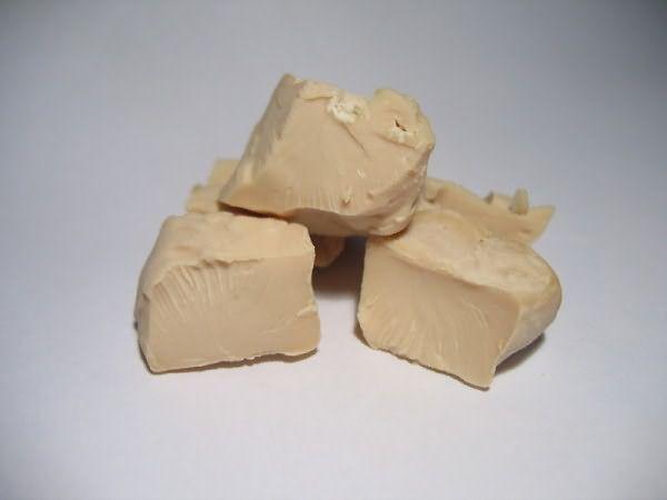 Источник особо ценных минералов и витаминов – дрожжи.