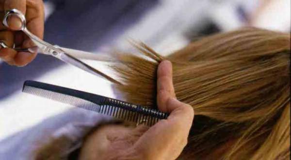 стрижка волос по лунному календарю дни