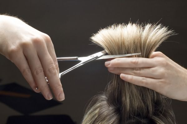 Издавна люди самых различных религий веровали в то, что волосы хранят историю рода и являются источником жизненной энергии
