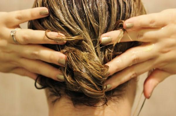 Сыворотка на волосах