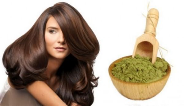 Натуральная хна придаст волосам не только желаемый цвет и укрепит их.