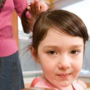 почему у ребенка выпадают волосы на голове