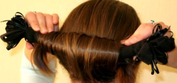 Закручиваем волосы на заколке к затылку