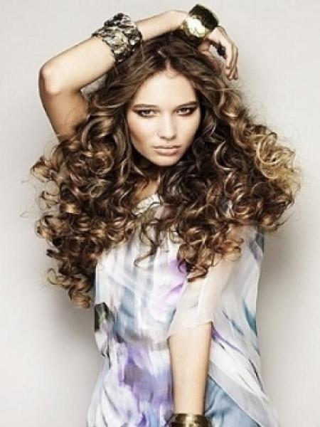 как делать красивые локоны на длинные волосы 1