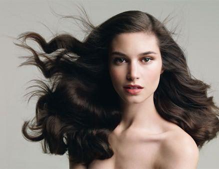 Здоровье волос сохранят уксусные ополаскивания