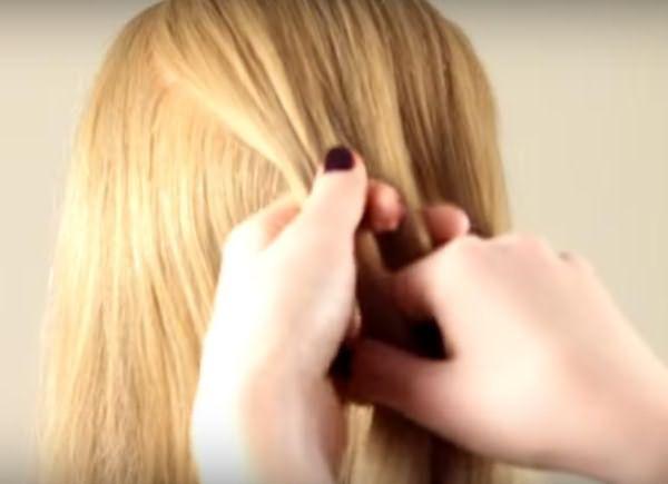 Плетение французской косы: шаг 1