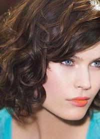 стрижка каре на вьющиеся волосы3