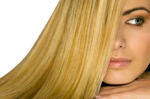 Стать блондинкой просто, но нужно знать, как ухаживать за осветленными волосами.