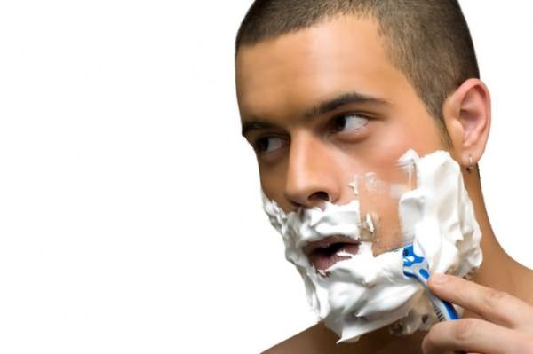 Частое бритье поможет вам вырастить густую щетину на лице.