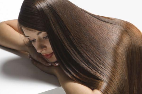 Кератинизация - в первую очередь лечебная процедура, и только потом - способ выпрямления волос