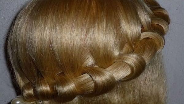 Коса-ободок вокруг головы