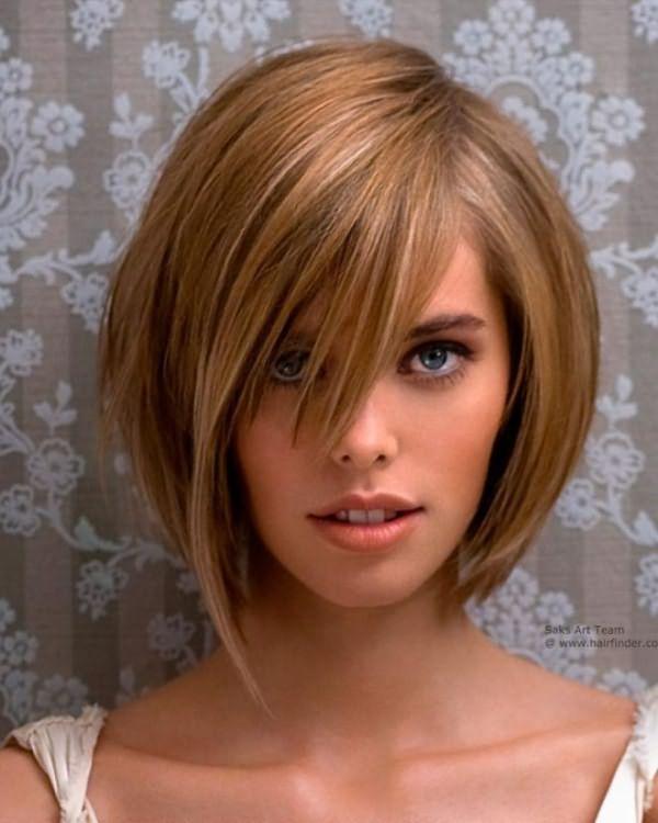 Укладка на средние волосы с челкой 1