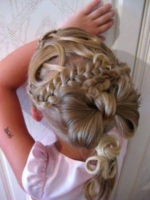 Подобные детские банты для волос могут заменить тканевые ленты, причем смотрятся они ничуть не хуже их.