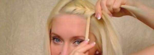 Вплетение челки в косу