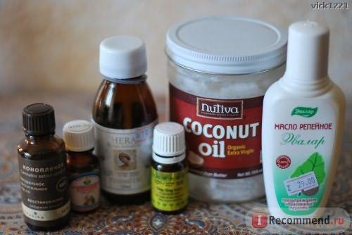 Слева направо: конопляное масло, ванильное масло, миндальное масло, масло иланг-иланга, кокосовое масло, репейное масло