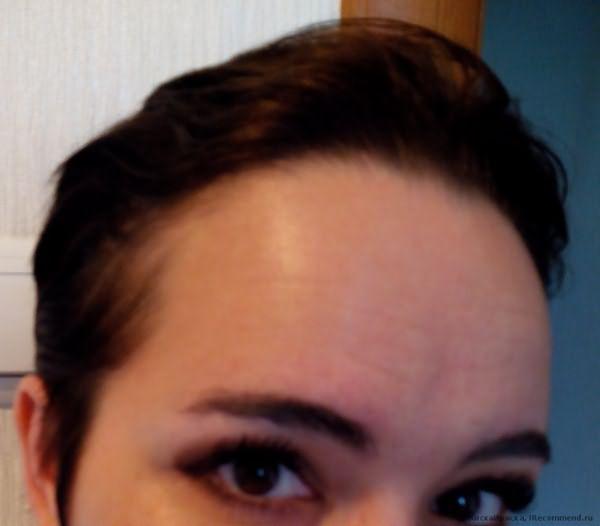 После мытья головы. Волос, как говориться, не сады...