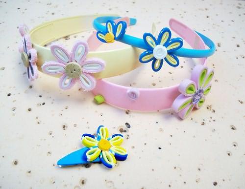 Tiaras , fivelas, tic-tacs e enfeites de flores para os cabelos