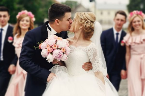 sadebnie_pricheski_na_srednie_volosi_ (35)