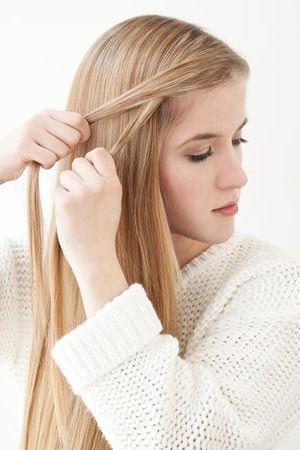 Плетение романтичной косы: шаг 1