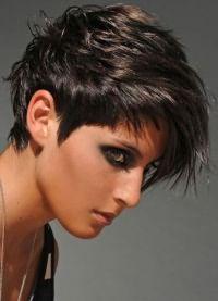 Прическа шапочка на короткие волосы 2