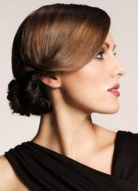 варианты укладки волос средней длины2