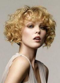 стрижка каре на вьющиеся волосы2