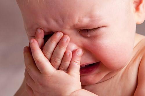 Гнездовое выпадение волос у новорожденных – причины могут скрываться даже в испуге, который малыш пережил единожды