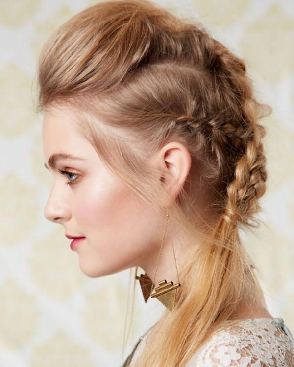 Прически на длинные волосы с челкой 2