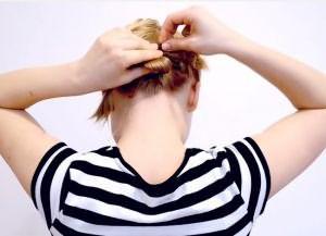 быстрая прическа на короткие волосы своими руками 5
