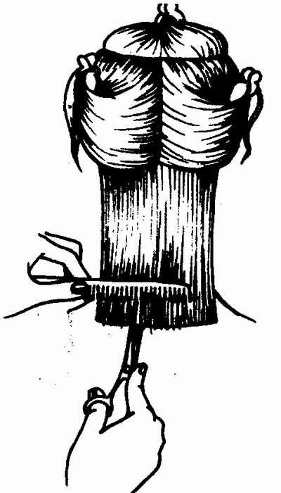 стрижка затылочной зоны с одновременной филировкой прямыми ножницами
