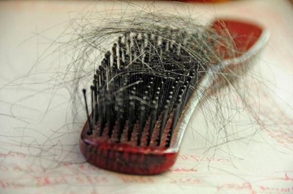 волосы выпадают и стали очень тонкие причины