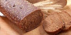 В темном хлебе масса пользы для волос
